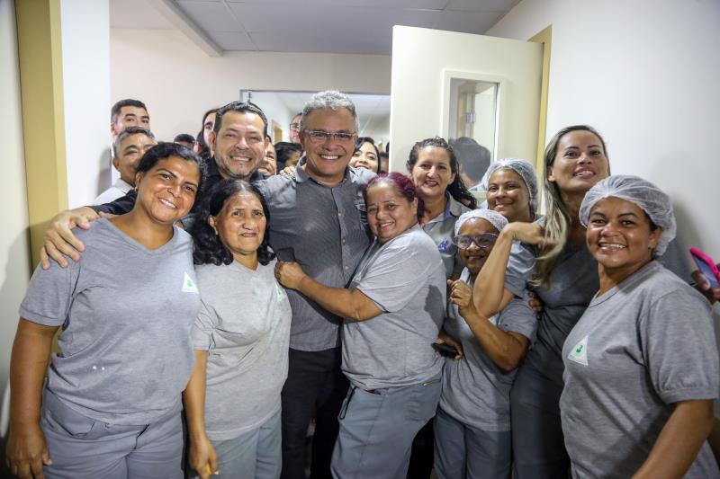 As novas instalações do hospital foram pensadas para tornar o local mais humanizado, e isso começa com o atendimento dos profissionais, que passaram por capacitação