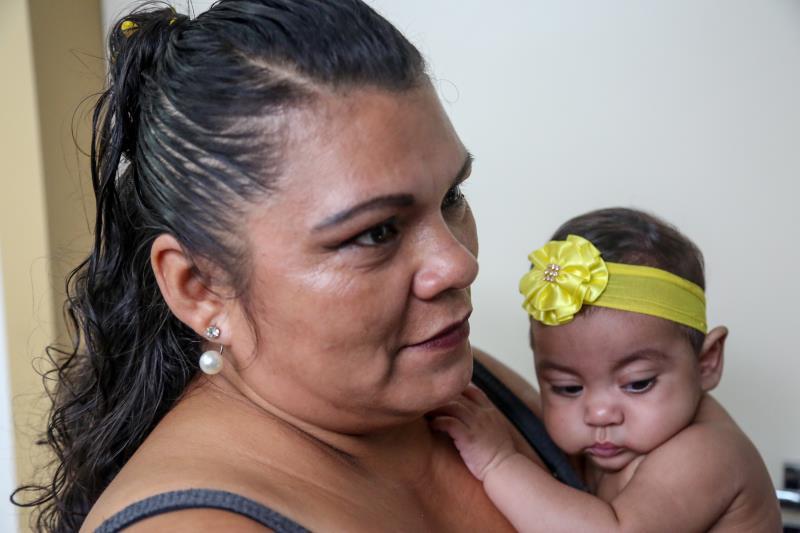 A zeladora Maricleide Dias da Costa, de 42 anos, mora em frente ao hospital, e fez questão de conhecer a nova instalação durante a inauguração