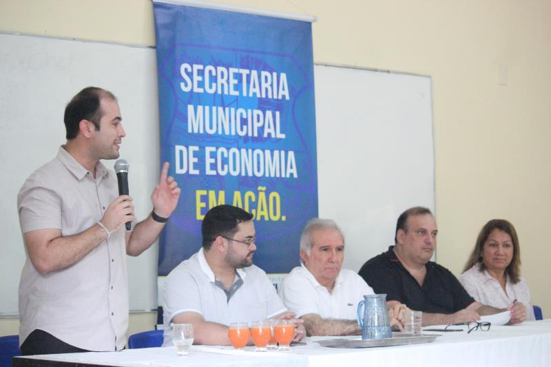A doação dos peixes faz parte do Programa Municipal de Piscicultura, promovido pela Secretaria Municipal de Economia (Secon), nas ilhas de Belém
