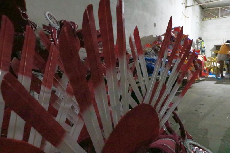 Para falar sobre a ascensão do comércio da fruta no mundo, a escola levará 1.400 brincantes, divididos em 12 alas muito coloridas