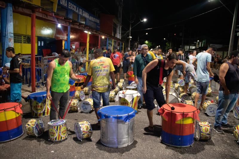 A atual escola de samba campeã do Carnaval de Belém, Grêmio Recreativo Jurunense Rancho Não Posso Me Amofiná, entrará na Aldeia Amazônica contando um pouco mais sobre o município de Abaetetuba