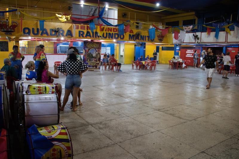 Para exaltar as belezas de Abaetetuba, a escola levará 1.800 brincantes, divididos em 10 alas e mais de 6 mil peças em miriti compondo o carro abre alas