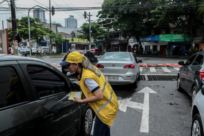 Para facilitar a circulação de veículos que trafegam pela rua Boaventura da Silva, dois semáforos foram instalados nos cruzamentos dessa via com a travessa Castelo Branco e com a avenida José Bonifácio