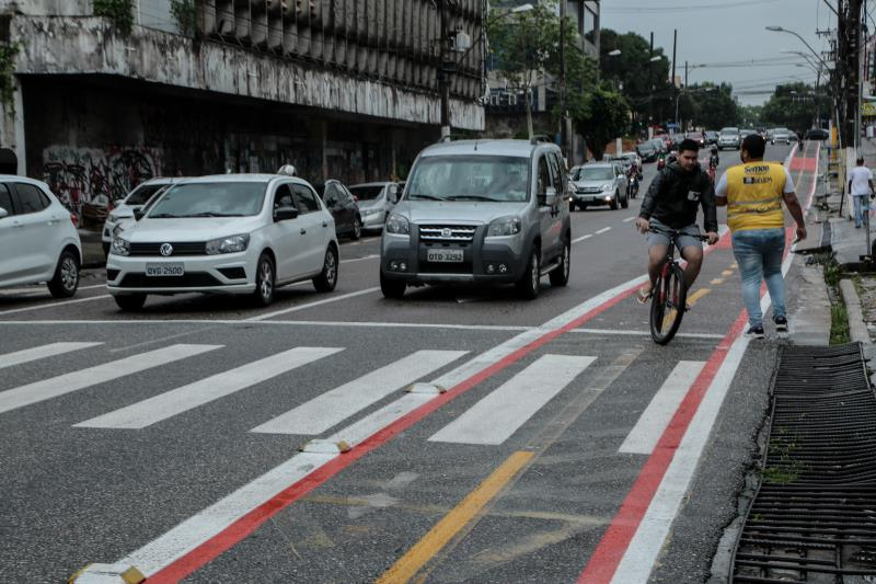 Outra mudança ocorreu no quarteirão seguinte, com a proibição do acesso à passagem Boaventura, pela esquerda, a partir da travessa Castelo Branco