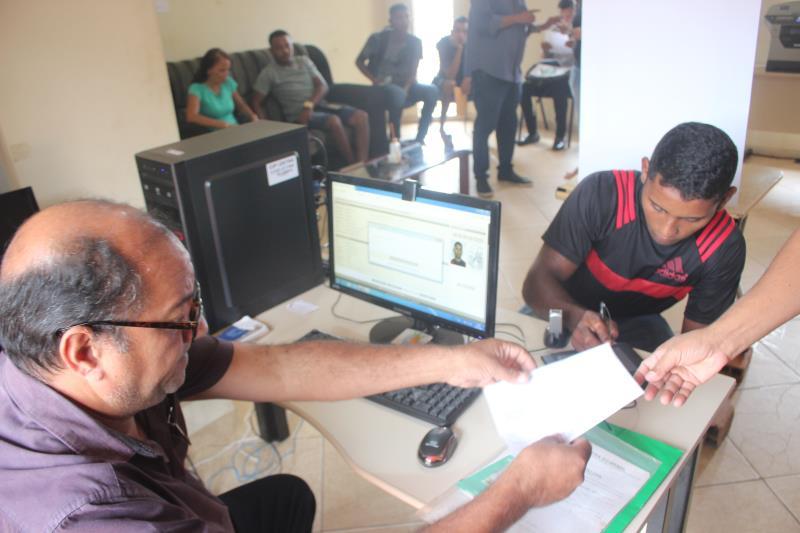 A iniciativa de emissão do documento foi coordenada pelo Portal do Trabalhador, que é ligado à da Secretaria Municipal de Economia (Secon), em parceira com a Arout