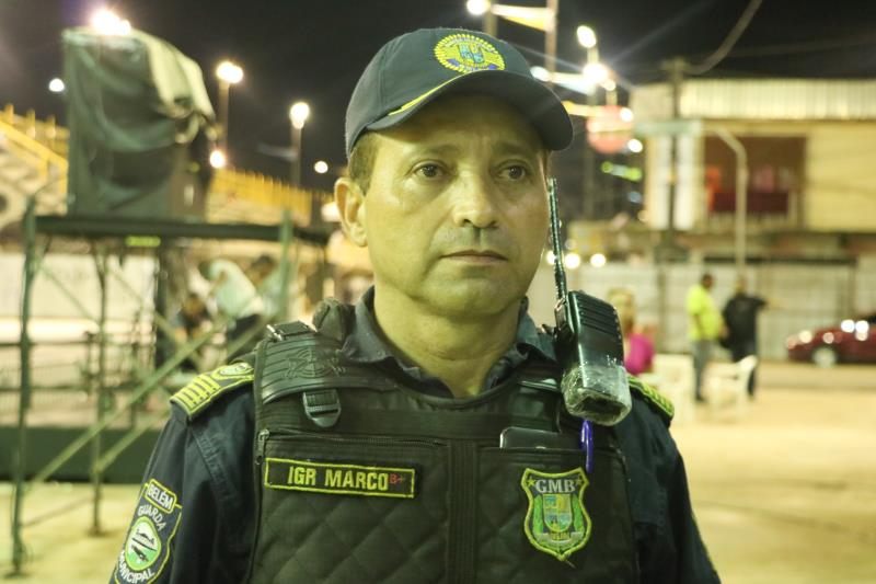 """""""Estamos atuando em toda a avenida, pois um evento como esse merece atenção especial por parte do sistema de segurança, para que a população e o brincante sintam-se ainda mais seguros"""", enfatizou o inspetor da Guarda Municipal, Marco Barros"""