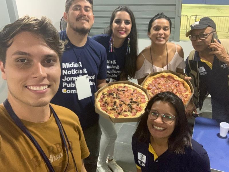Todo mundo filho de Deus, com Hugo, Rodrigo, Manoela, Adriana, João Gomes e Laiana