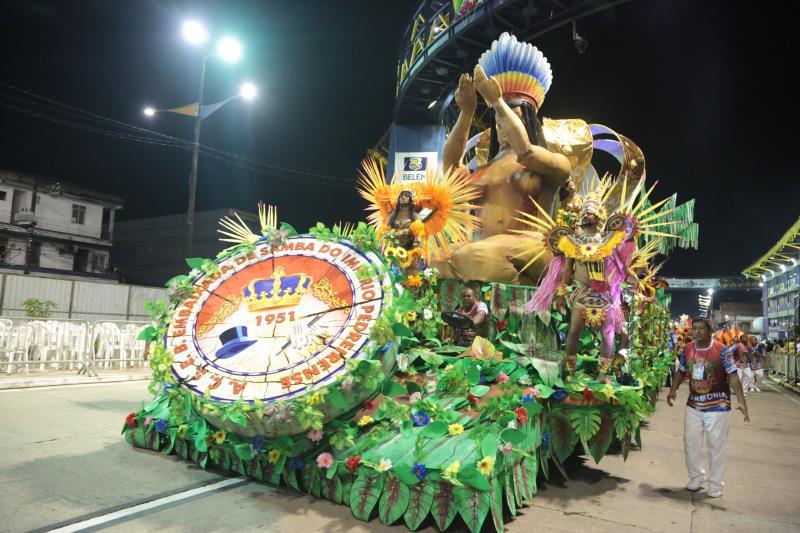 A Império Pedreirense é uma escola de samba que foi fundada em 1951