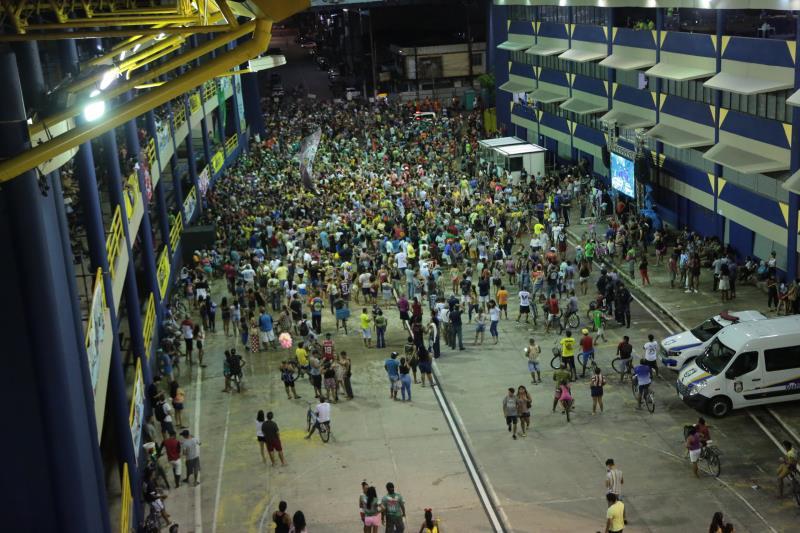 Escolas lotaram a Aldeia, nesta quarta-feira, 16, para acompanhar a apuração
