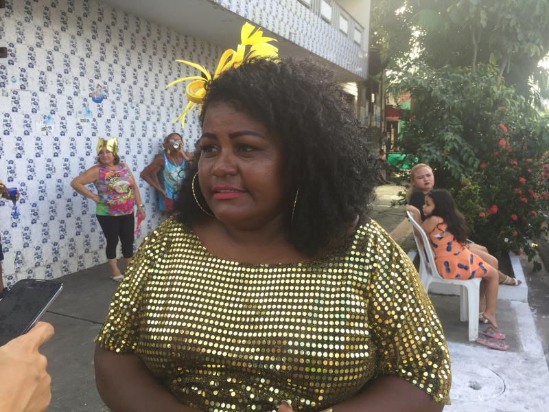 """""""Sempre existiu a batalha de confete no bairro da Cremação. E este ano resgatei com o apoio da Prefeitura', Ana Paula Amorim."""