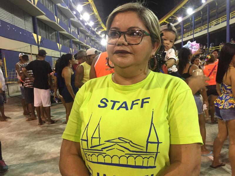 """""""A gestão resolveu apoiar os blocos para que eles pudessem ter uma certa independência"""", falou Ruth Botelho, da Fumbel."""