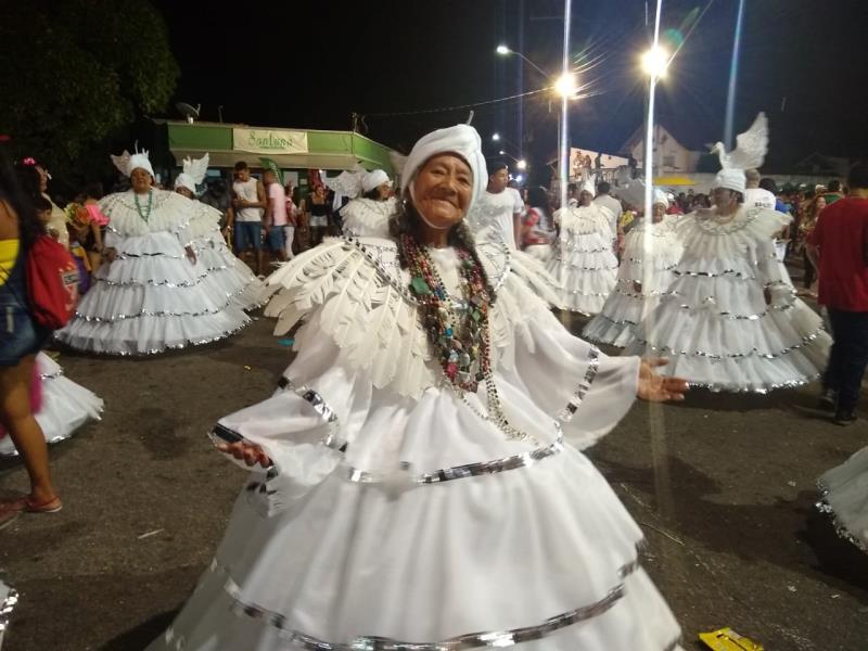 A animação contagiou os brincantes das agremiações carnavalescas.