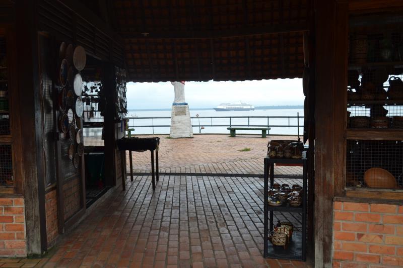 Os turistas conheceram Icoaraci, berço das obras marajoaras.