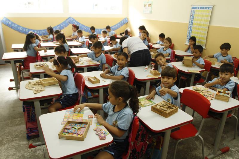 A escola atende do 1º ao 6º ano do ensino infantil ao fundamental nos turnos da manhã e tarde, e possui capacidade máxima para 709 alunos, de 6 a 12, distribuídos em 20 turmas.