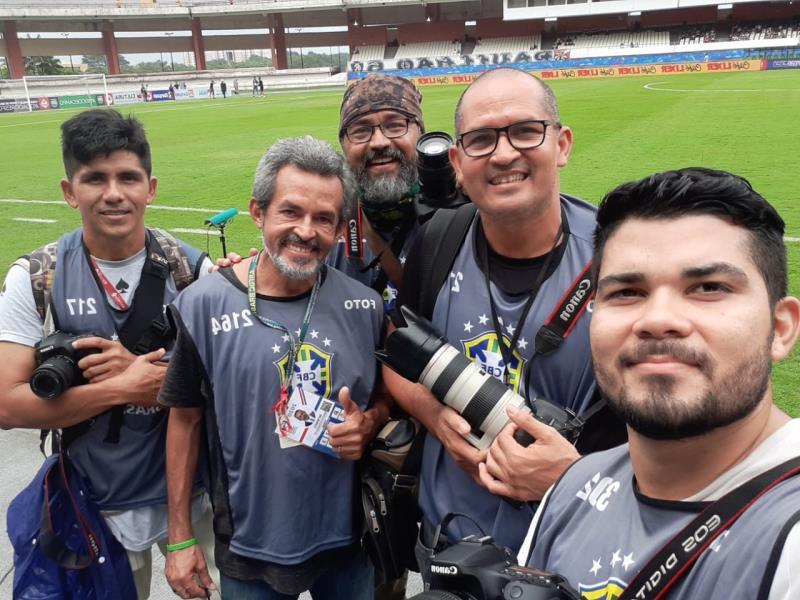 Bruno Cruz, Sidney Oliveira, Osmarino Souza, Bagagem (ops!) Ray Nonato e um amiguinho do Ray - quem souber o nome do rapaz, manda aeeeee