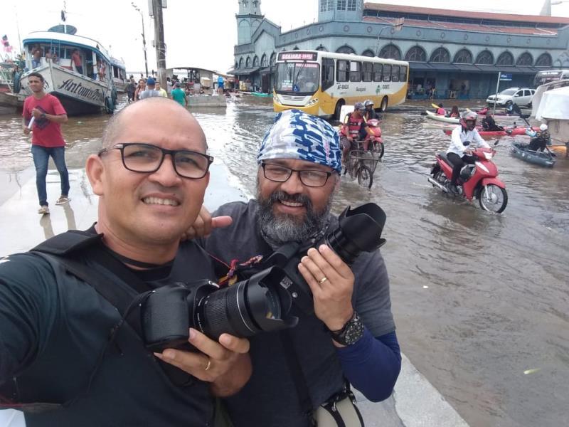 Os amigões Sidney Oliveira e Osmarino Souza que encararam a cheia no Veropa