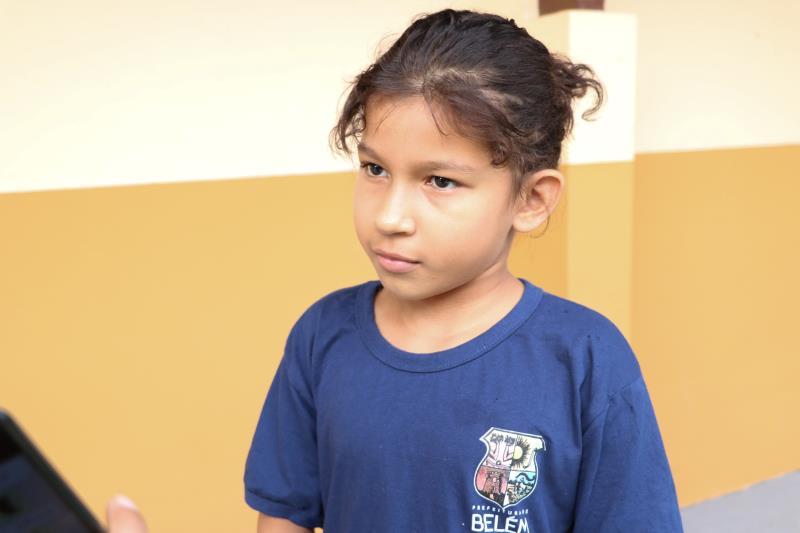 Aluna Manuela Furtado, de 8 anos, estudante do 3 ano.
