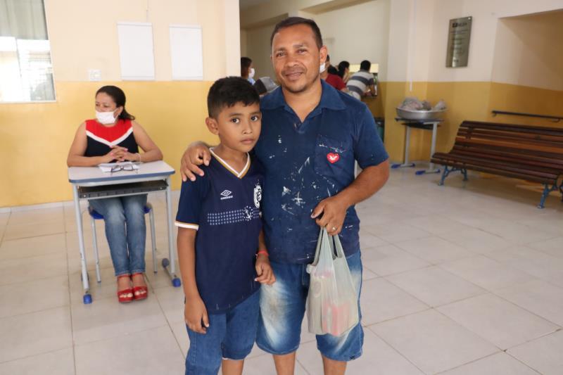 Manuel da Silva Menezes, pai do Lionel Messi, estudante do terceiro ano.