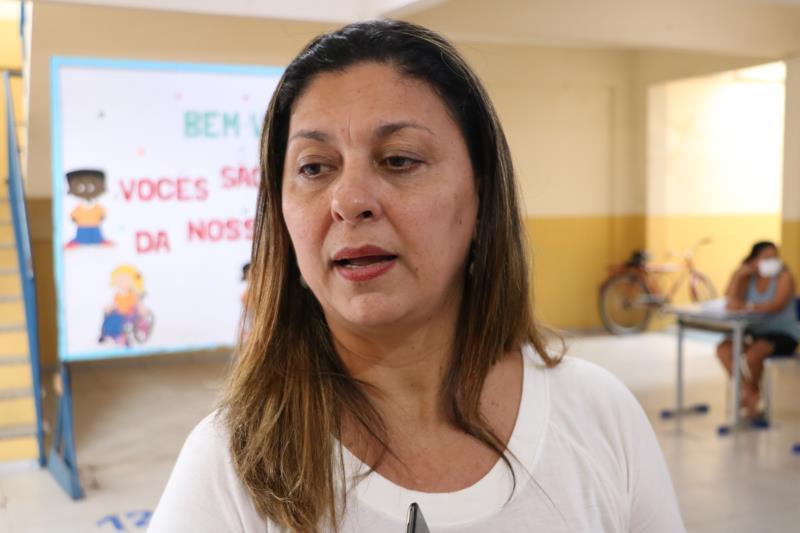 Sandra Parente, diretora da Escola Edson Luis