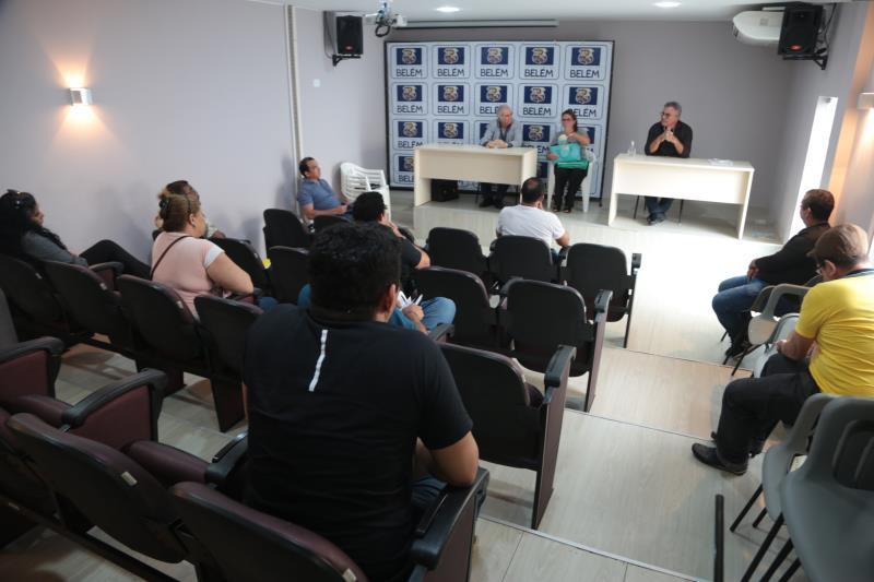 Um diálogo foi aberto durante a manhã desta segunda-feira, 30, entre representantes do mercado informal da capital e prefeitura de Belém