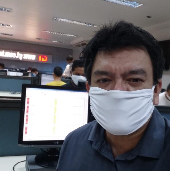 Pascoal Gemaque quando ainda não desfilava charme e elegância com as máscaras by dona Paty Polaro