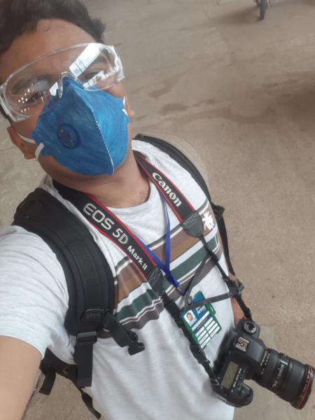 Filipe Bispo Alves completamente equipado contra o coronavírus