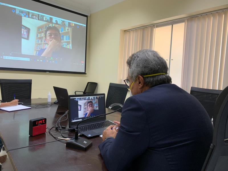 Nesta quinta, 21, o prefeito Zenaldo participou de reunião por videoconferência com representantes dos Ministérios Públicos do Estado do Pará, Federal e do Trabalho, Defensoria Pública do Estado, titulares da Sesma e  da Funpapa sobre as ações de combate à covid-19