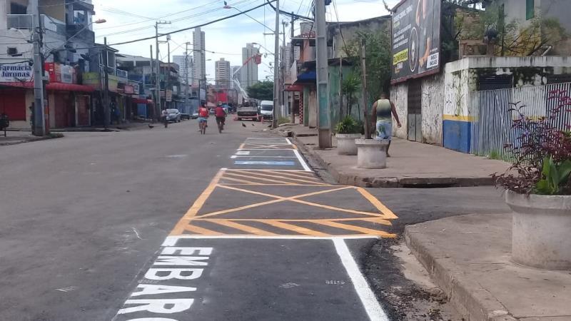 No trecho da Fernando Guilhon entre Rua de Breves e passagem Jacó, foi feita a sinalização horizontal