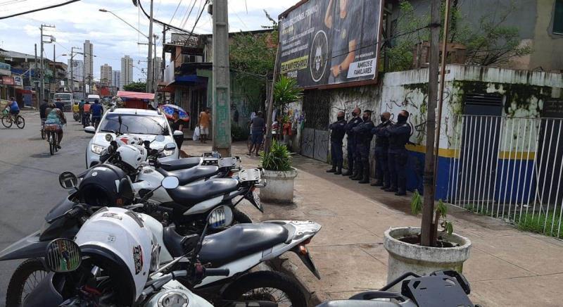 Equipes da Guarda Municipal percorreram as ruas do bairro e permaneceram na porta do posto.