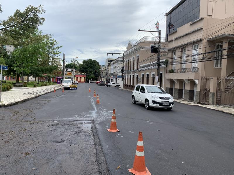 Diversas obras de pavimentação estão em execução no centro histórico
