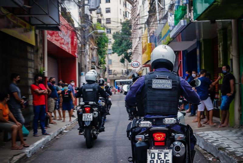 Motopatrulheiros já atuam na fiscalização de aglomerações pela cidade