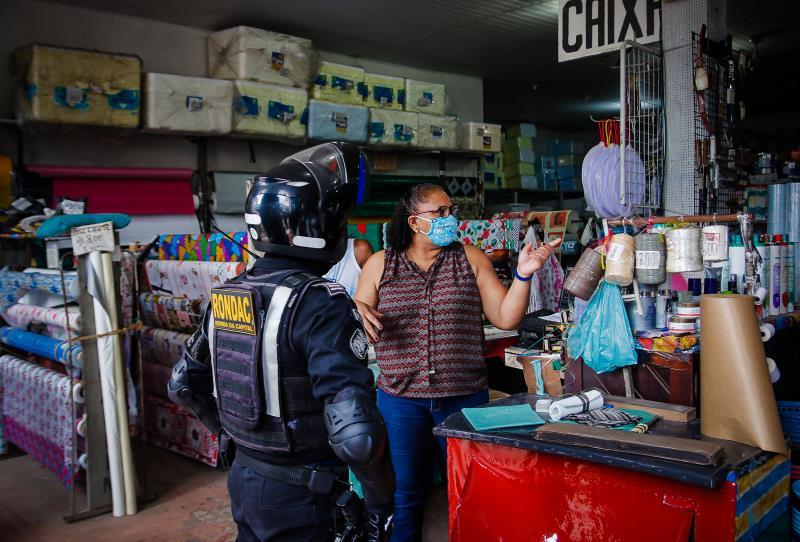 Com mais agentes, a Guarda reforça a fiscalização de desrespeito à determinação de fechamento de estabelecimentos não essenciais