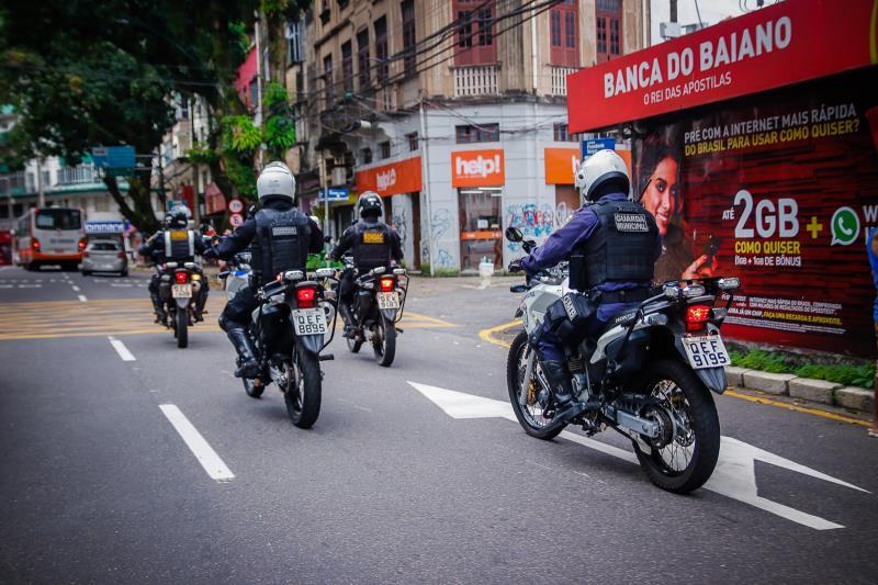 A Guarda Municipal está nas ruas garantindo o cumprimento do Decreto 96.378/2020, que altera as medidas de distanciamento social controlado