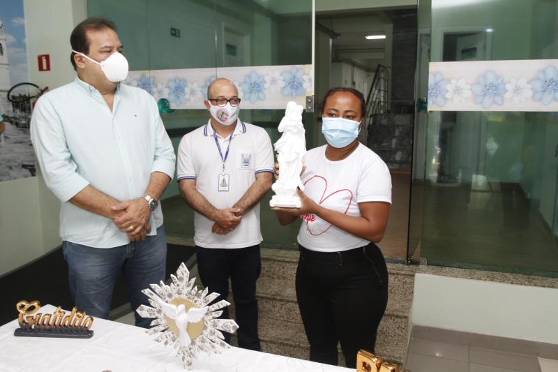 Com as bênçãos do arcebispo da igreja Católica, Dom Alberto Taveira, uma réplica da Imagem de Nossa Senhora de Nazaré, a padroeira da Amazônia, foi entregue no Hospital municipal Dom Vicente Zico.