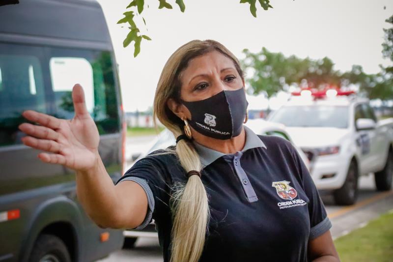 """""""O Portal já está fechado há algum tempo para evitar aglomeração. E como as pessoas viram que alguns espaços já foram abertos, elas acreditaram que está tudo liberado. E não está liberado"""", alerta Elizete Cardoso, coordenadora da Ordem Pública."""