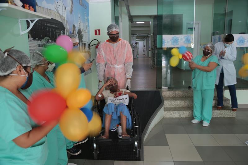 Com sintomas leves, dias antes de ir para o hospital, Eunice passou pela Unidade de Pronto Atendimento (UPA) da Sacramenta e foi encaminhada para o Dom Zico.
