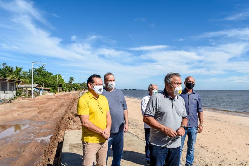 Prefeito Zenaldo e vereadores da Câmara Municipal de Belém durante as vistorias de obras.