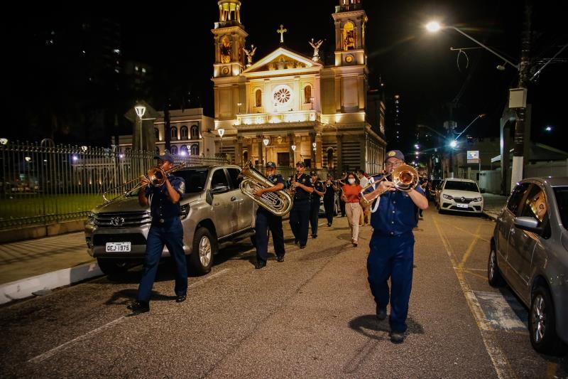 A Banda da Guarda Municipal de Belém saiu em cortejo da Basílica Santuário de Nazaré até a Codem