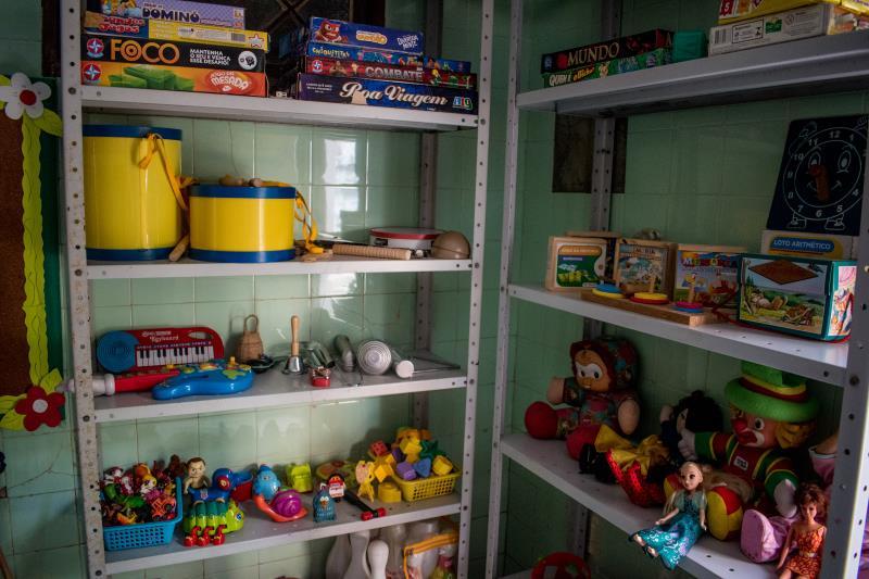A Casa conta com uma brinquedoteca destinada aos filhos das mulheres atendidas, vítimas de violência doméstica.