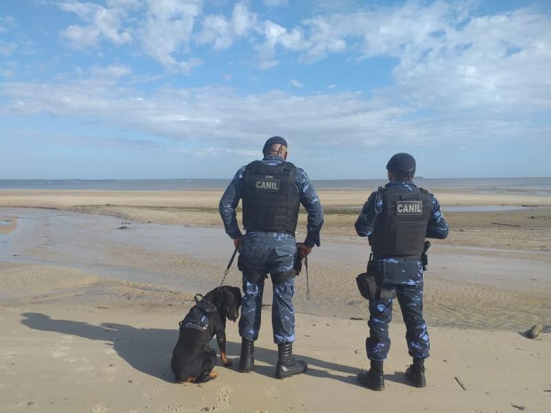 Os guardas se fizeram presentes  durante todo o domingo nas praias do município.