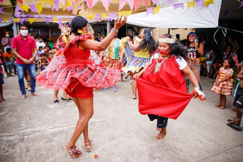 A programação contemplou também atividades paralelas como oficina de alimentação, apresentações de mímicas Warao, apresentação de dança contemporânea dos jovens, danças típicas como carimbó e quadrilha.
