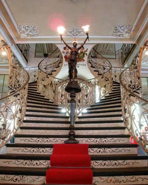 A bela Casa Paris n'América, fundada em 1870,  inspirada nas Galeries Lafayette de Paris