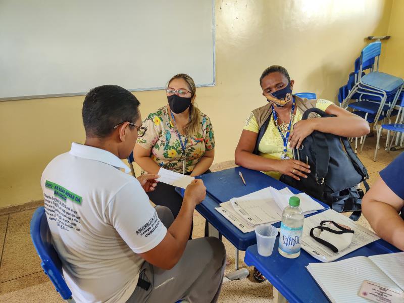 Uma das frentes da ação ocorreu na  escola Marta da Conceição.