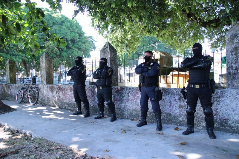 Homens da Guarda Municipal de Belém estavam no local garantindo a segurança.