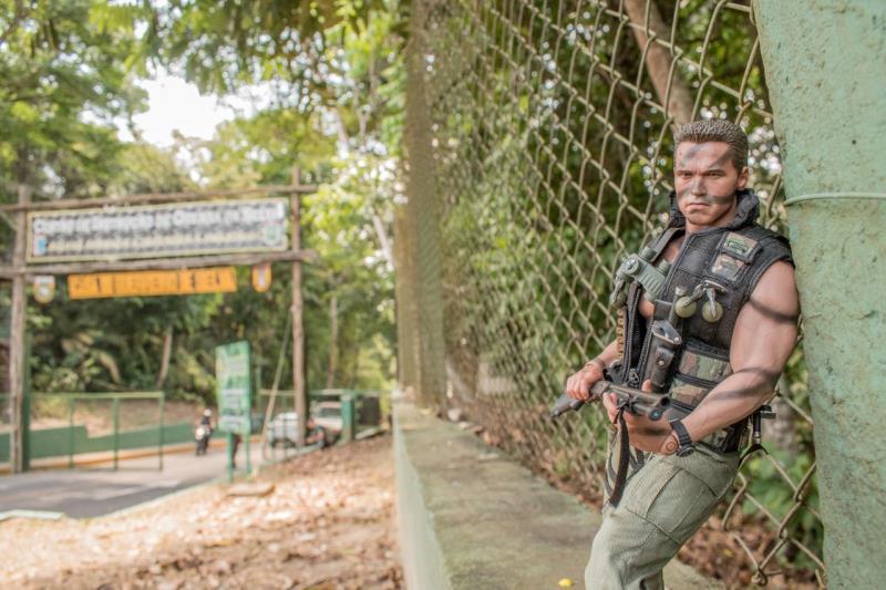 Arnold Schwarzenegger em versão 'selva' em Manaus