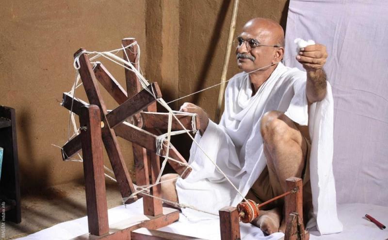 """""""Gandhi"""", direção de Richard Attenborough, ocupa a nona posição"""