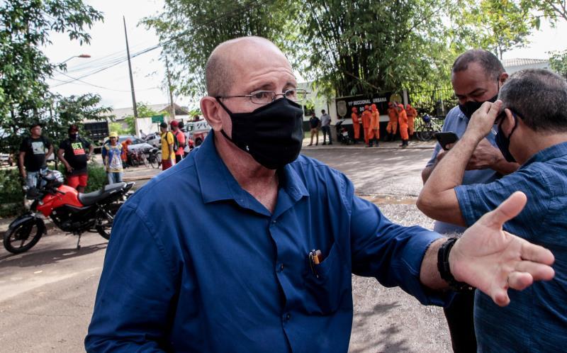 Pedro Piqueira , diretor de residuos sólidos da Sesan, destaca os serviços de limpeza nos canais para amenizar os alagamentos na cidade.