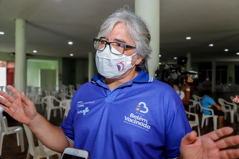 Segundo Cláudio Salgado, até o final da manhã foram mais de 300 vacinas na Aldeia Cabana.