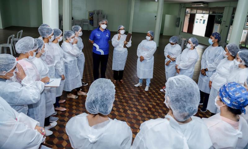 Em cada um dos pontos, mais de 30 profissionais, entre servidores da Sesma e voluntários.
