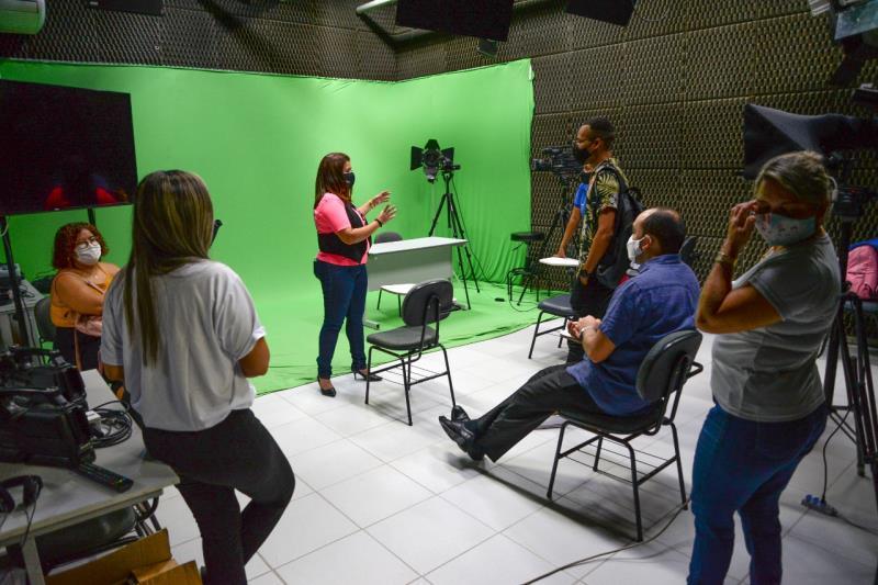 A profissão ainda atrai muitos jovens, avalia a jornalista Arcângela Sena.